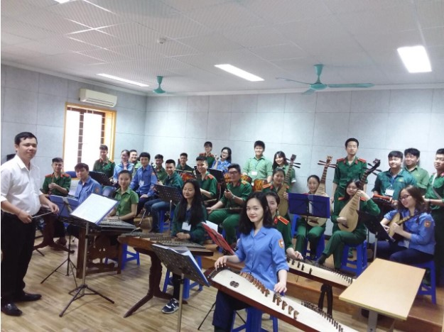 Nhạc sĩ – Tiến sĩ Duy Thịnh hiện là giảng viên trường ĐH Văn hóa Nghệ thuật Quân Đội