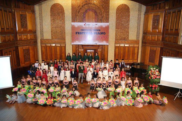 """CLB Maika - Vietskill Đông Anh tổ chức đêm nhạc """"Chào năm mới 2019"""" và chung kết """"Piano Festival"""" - Ảnh 1."""