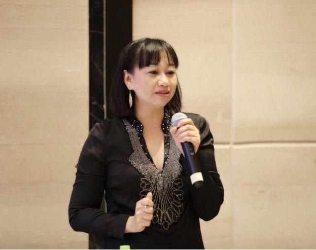 Nhà báo Đào Thuỳ Trang - Tạp chí Thời trang trẻ