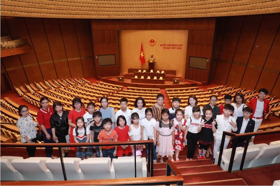 Các con đã có những trải nghiệm thú vị về đất nước, lịch sử, con người Việt Nam nhằm giúp các con cảm nhận được tình yêu với đất nước