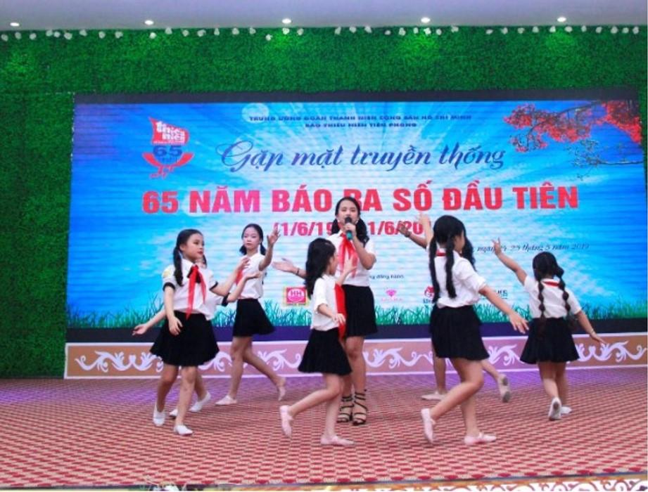 Đại diện cho lớp thanh thiếu niên, những mầm non tương lai của đất nước, các em học sinh của CLB Maika – Vietskill Đông Anh đã vinh dự được tham gia góp mặt, biểu diễn hai tiết mục