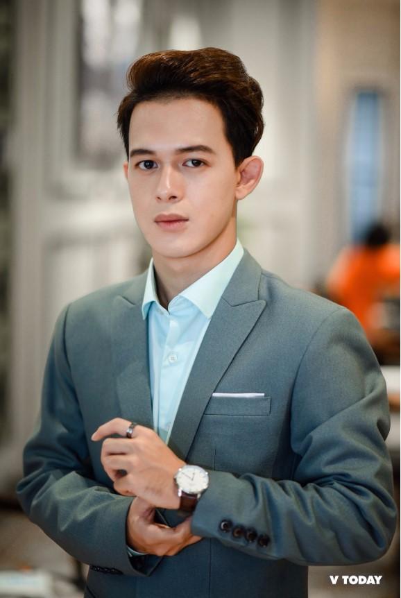 Quang Anh hiện đang theo học tại Trường Đại học Văn hóa Nghệ thuật Quân đội