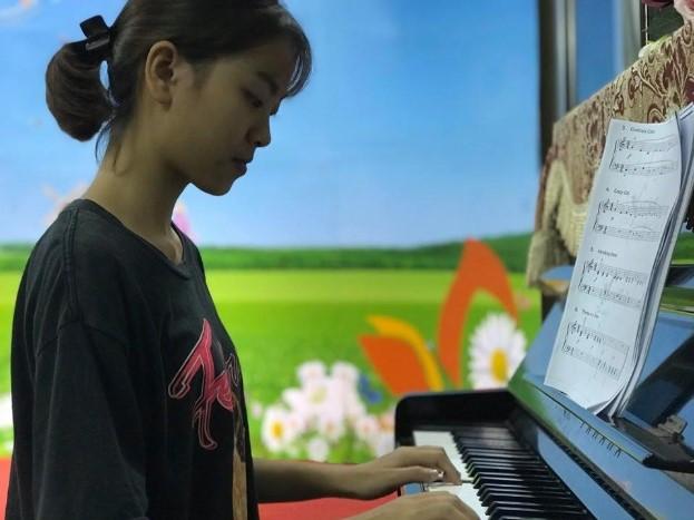 Khánh Ly – tân sinh viên khoa Nghệ thuật