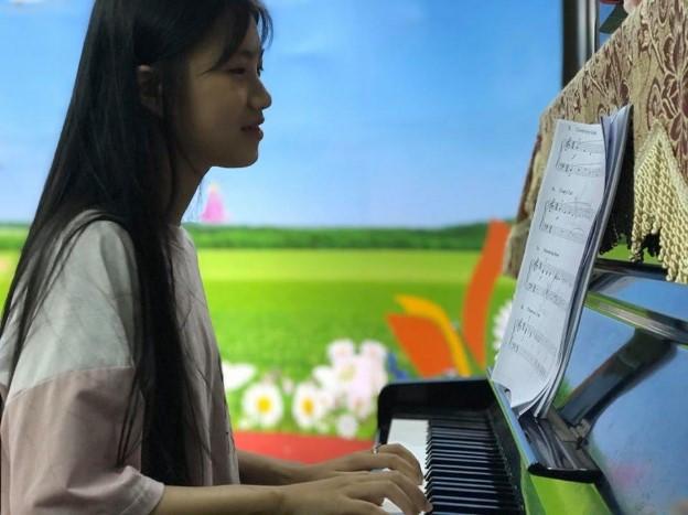 Hà Ngọc – một cô bé đáng yêu đầy tài năng